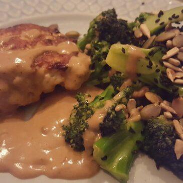 Kyckling wallenberg med råstekt broccoli